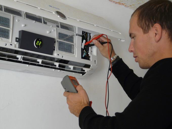 Installation de haute qualité de climatisation à Roquefort-les-Pins